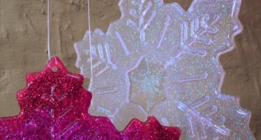 Glittered Resin Snowflakes