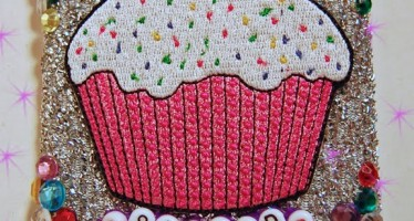 Cupcake Scrubber Shrine – Why not?