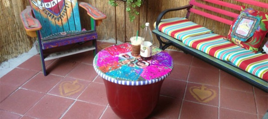 DIY Patio Chat Corner (Mini-Makeover!)
