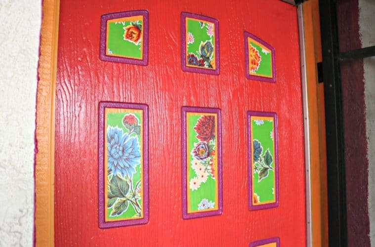 The Benefits of a Red Front Door (+ painting tutorial) - The Crafty Chica & The Benefits of a Red Front Door (+ painting tutorial) - The Crafty ...