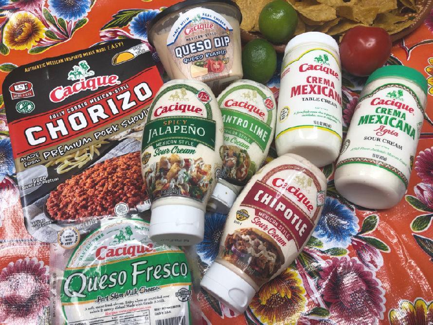 Comfort nachos three ways! #craftychica #ad #GoAutentico