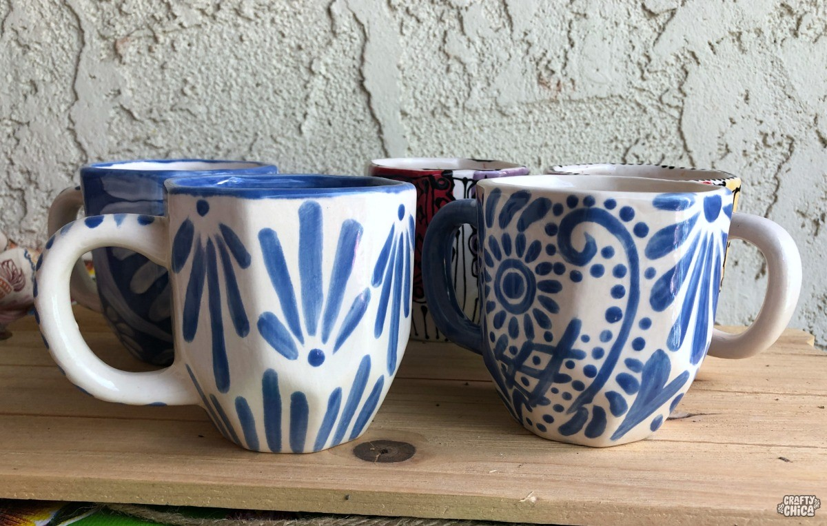 How to paint Talavera-inspired mugs! #craftychica #pyop #talavera #handpaintedmugs