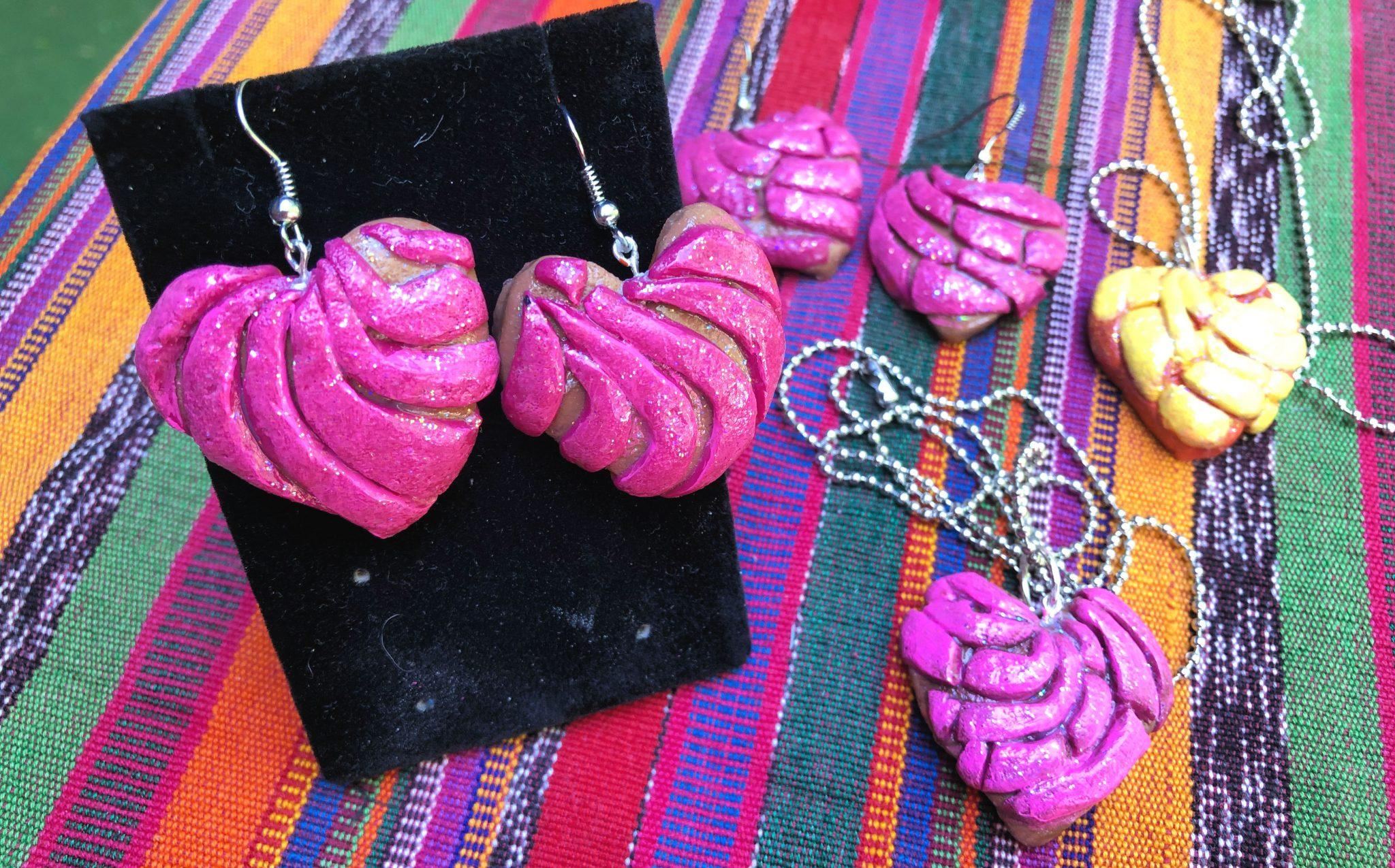 How to make concha jewelry! #craftychica #conchaearrings #mexicanpastries #pandulce #polymerclay