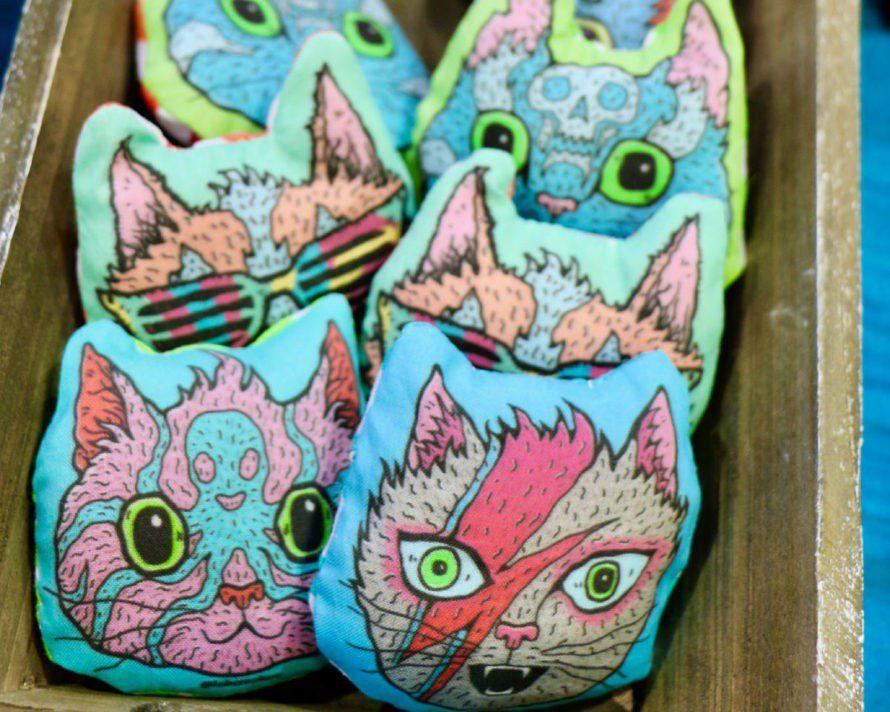 La Creature - 10 CatCon Creators #craftychica #catcon #catcrafts #catmakers