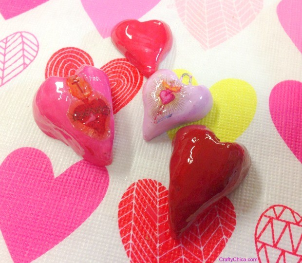 Sculpted hearts by CraftyChica.com.