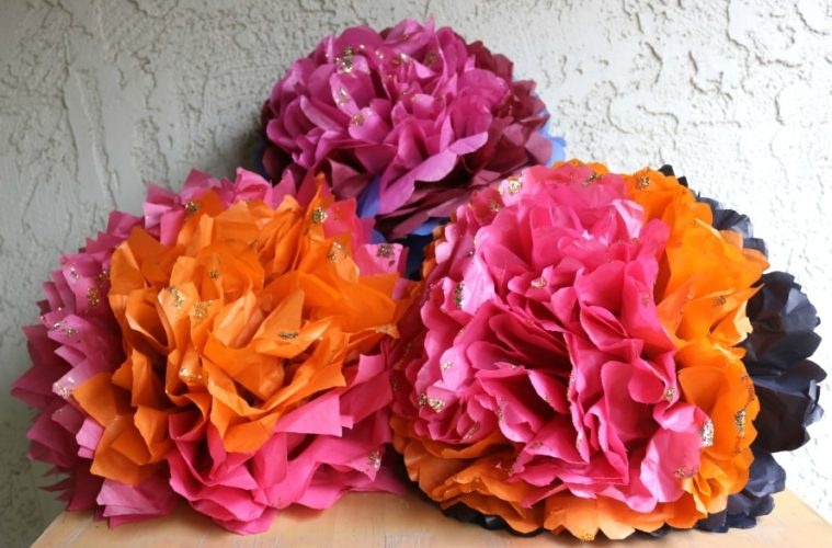 Jumbo Tissue Paper Flowers The Crafty Chica