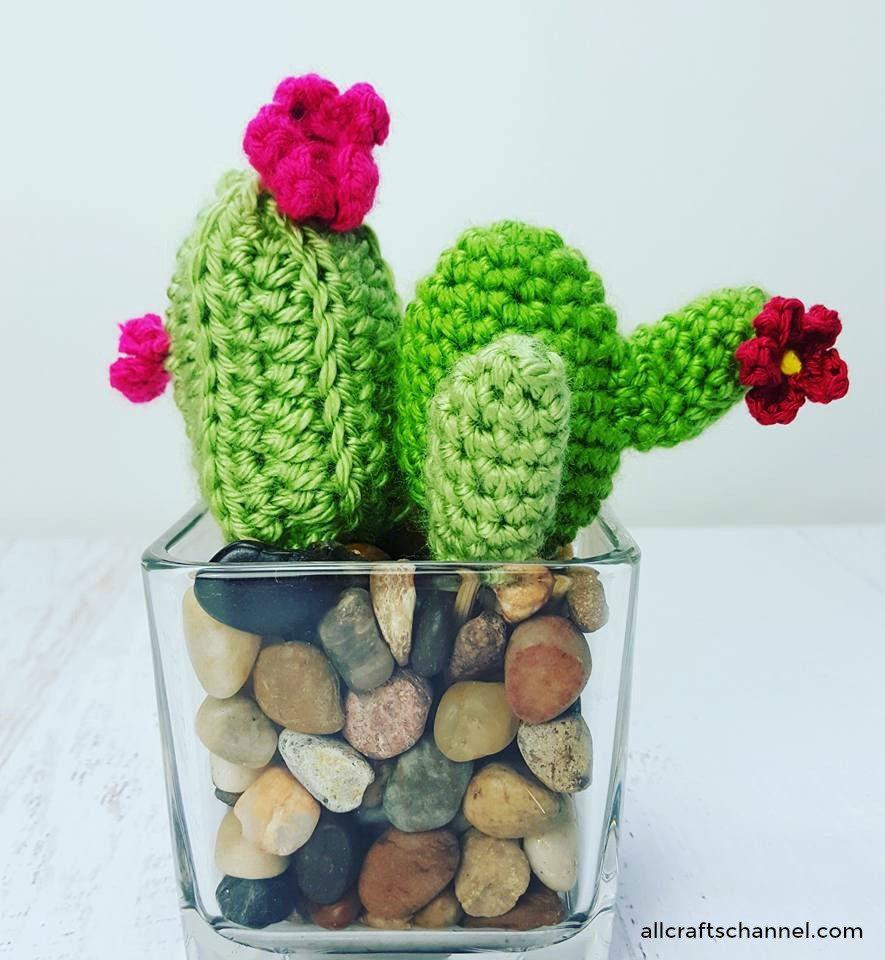 crocheted-cactus